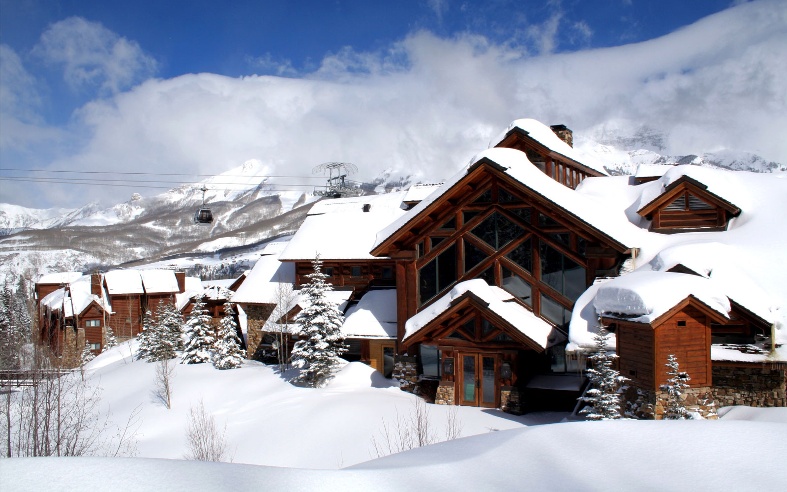 Upscale telluride co hotel reservations mountain lodge for Ski cabins in colorado