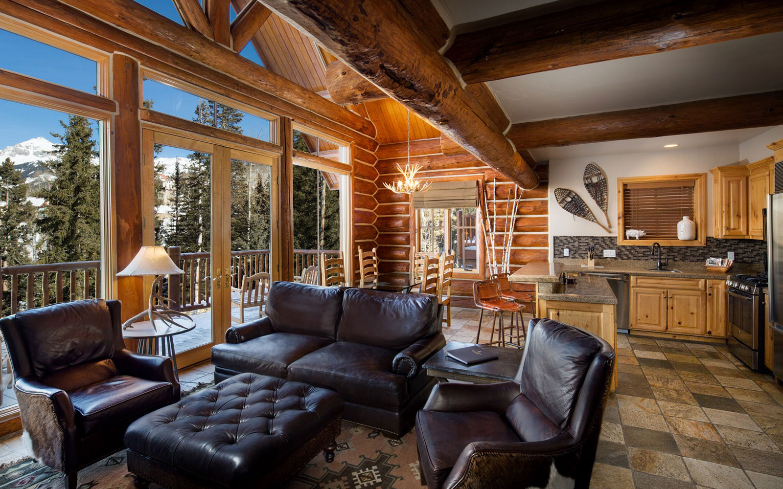Luxury log cabins in telluride co mountain lodge telluride for Luxury winter cabins
