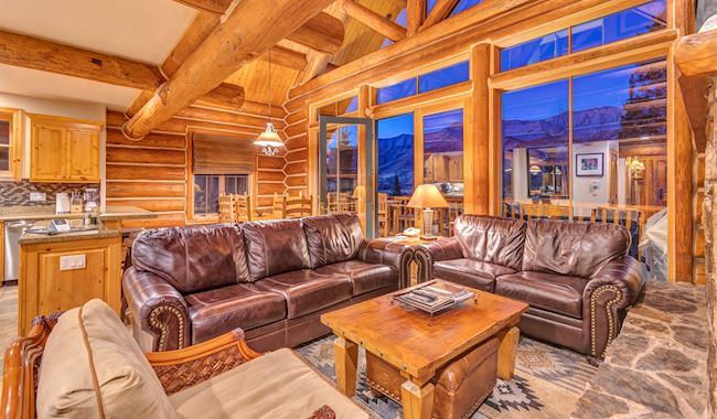 Luxury Log Cabins at Mountain Lodge Telluride